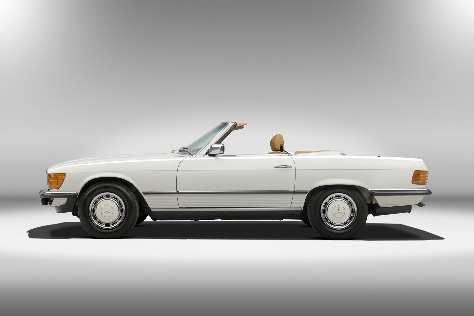1970-R107-Profile